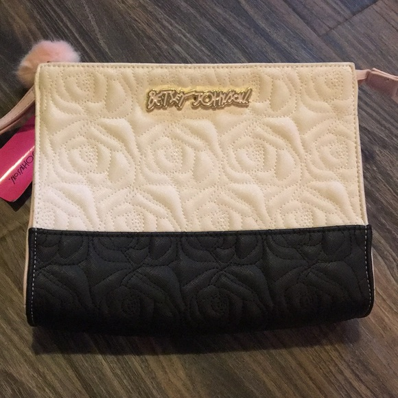 Betsey Johnson Handbags - Betsey Johnson Cosmetics Clutch